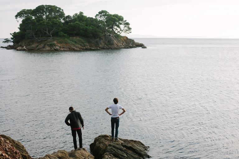 destination photographer swim to island